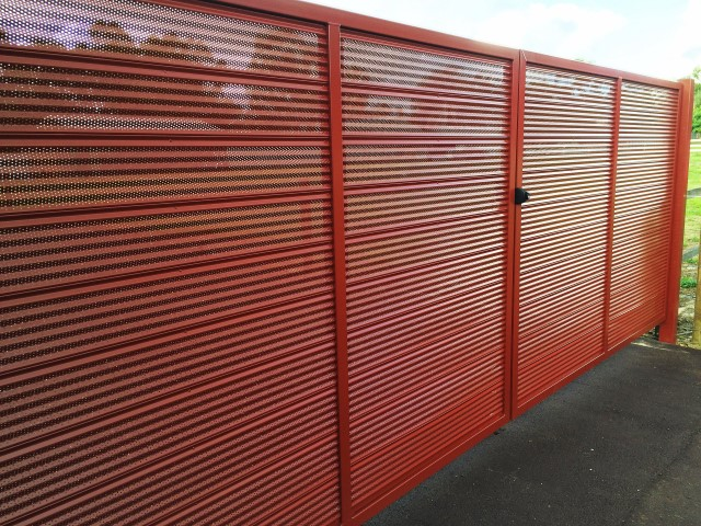Swing Gates Gallery Fence Spot Excellence In Fencing