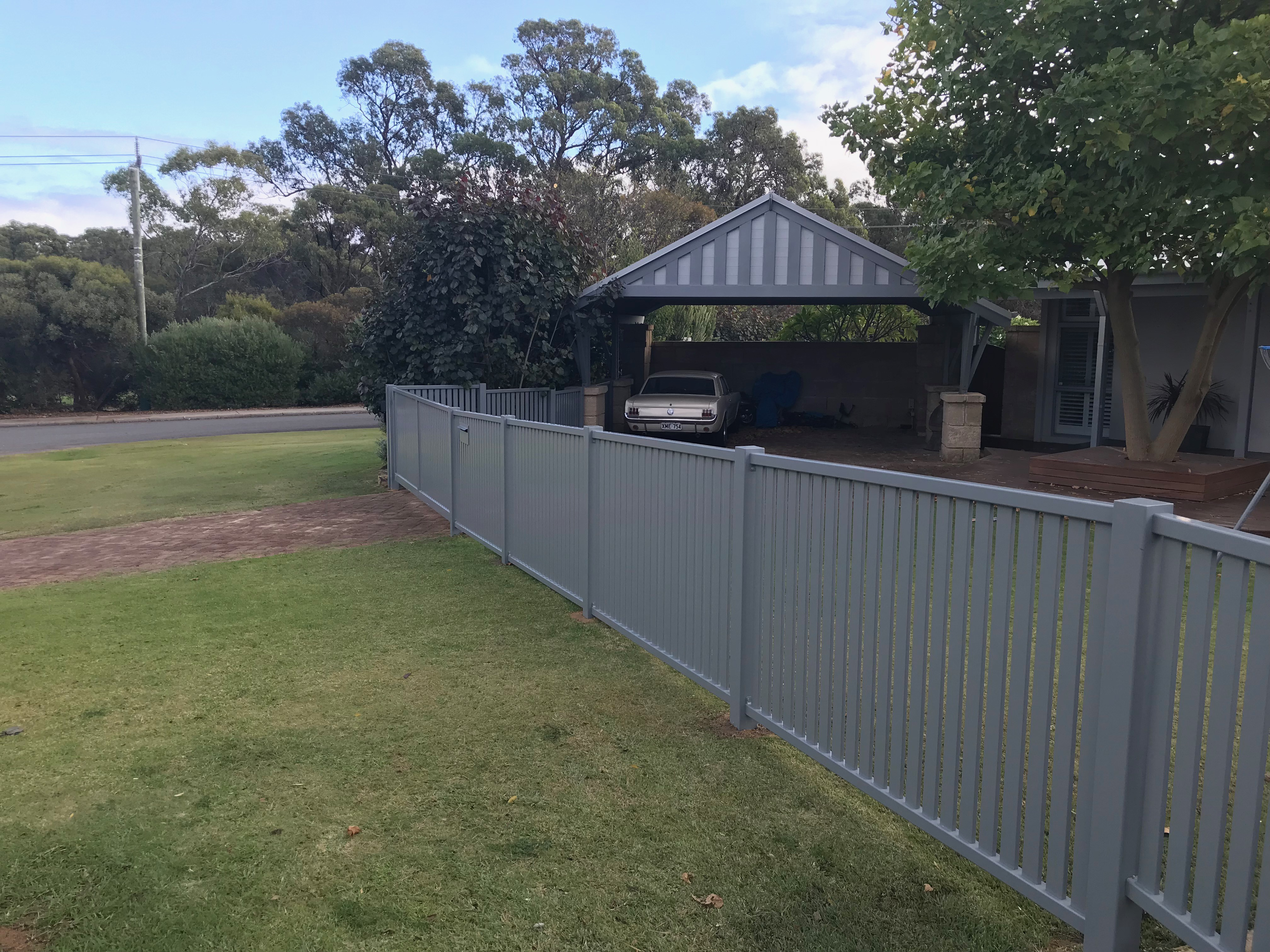 Residential Classic Slat Fencing 5