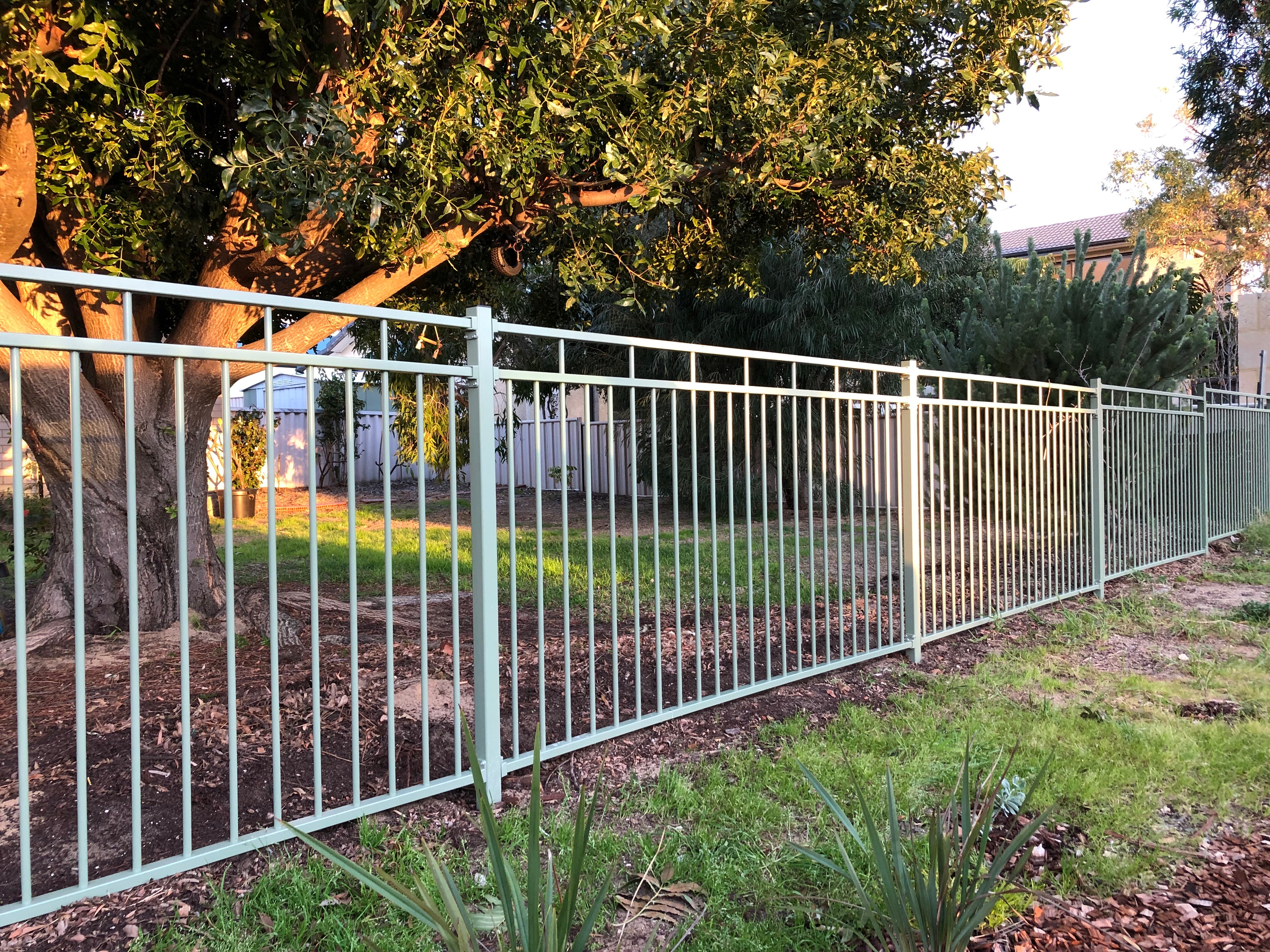 ascot tubular style fencing 2