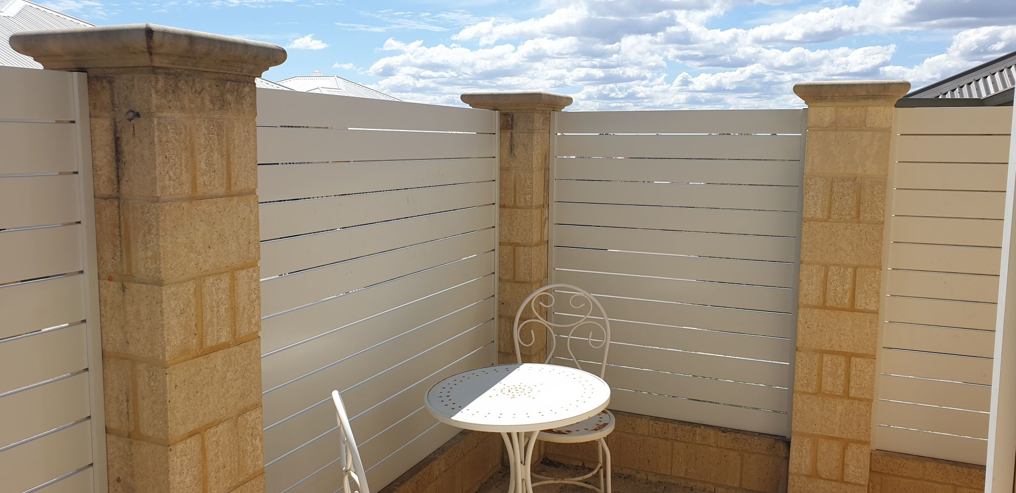 Slat Fencing - 100mm slats - fence - white