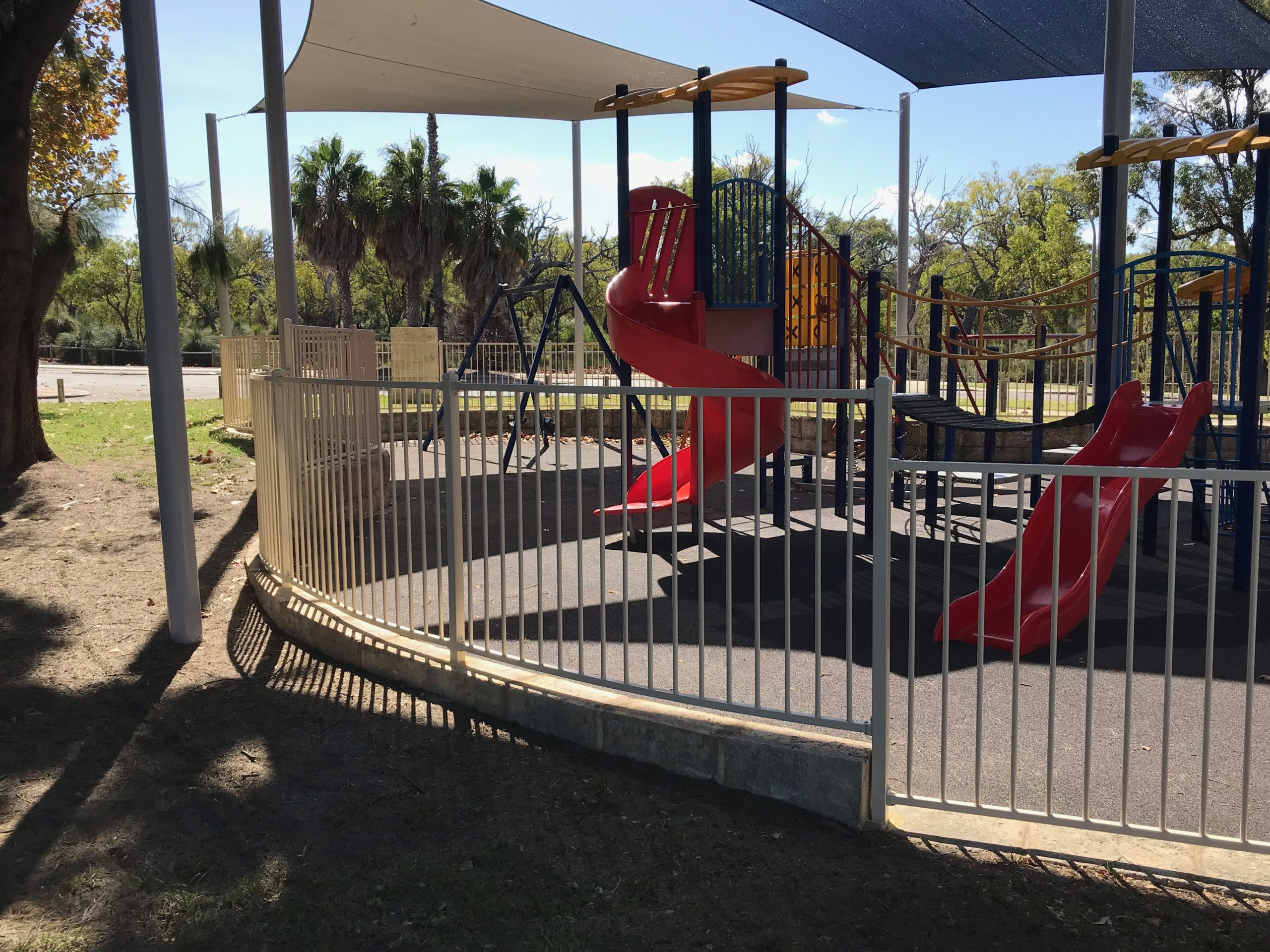 Flat top fencing - Playground Fencing - side