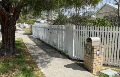 after - Aluminium Picket Fence and gate - side