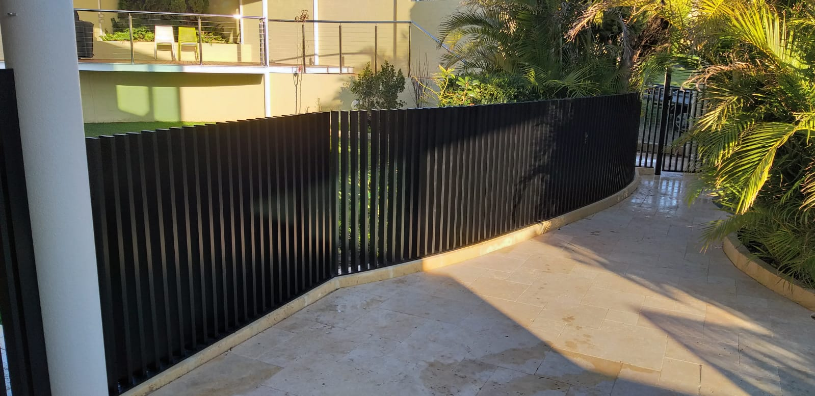 blade fencing - curved1